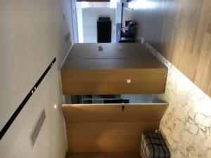 Двери скрытого монтажа в гардеробную