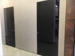 Прайд двери скрытого монтажа стекло чёрное